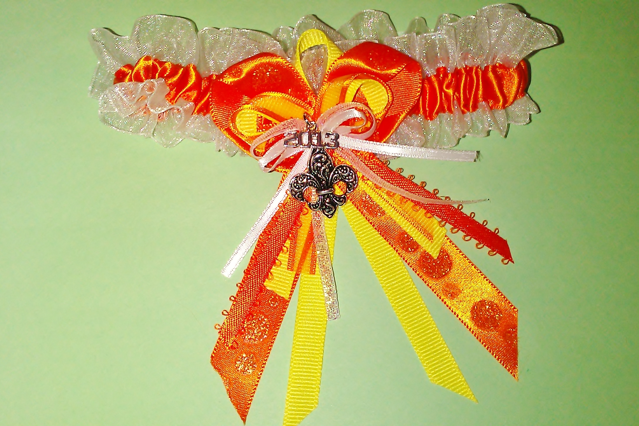 how to make a prom garter